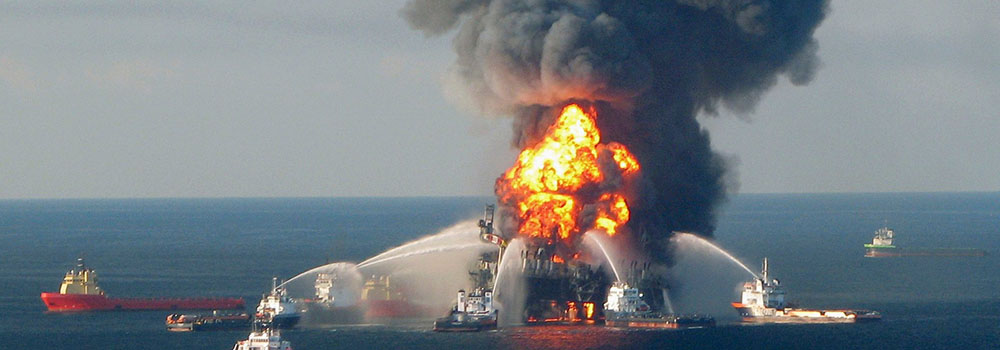 Oil-Drilling_2010_BPspill_US-Coast-Guard