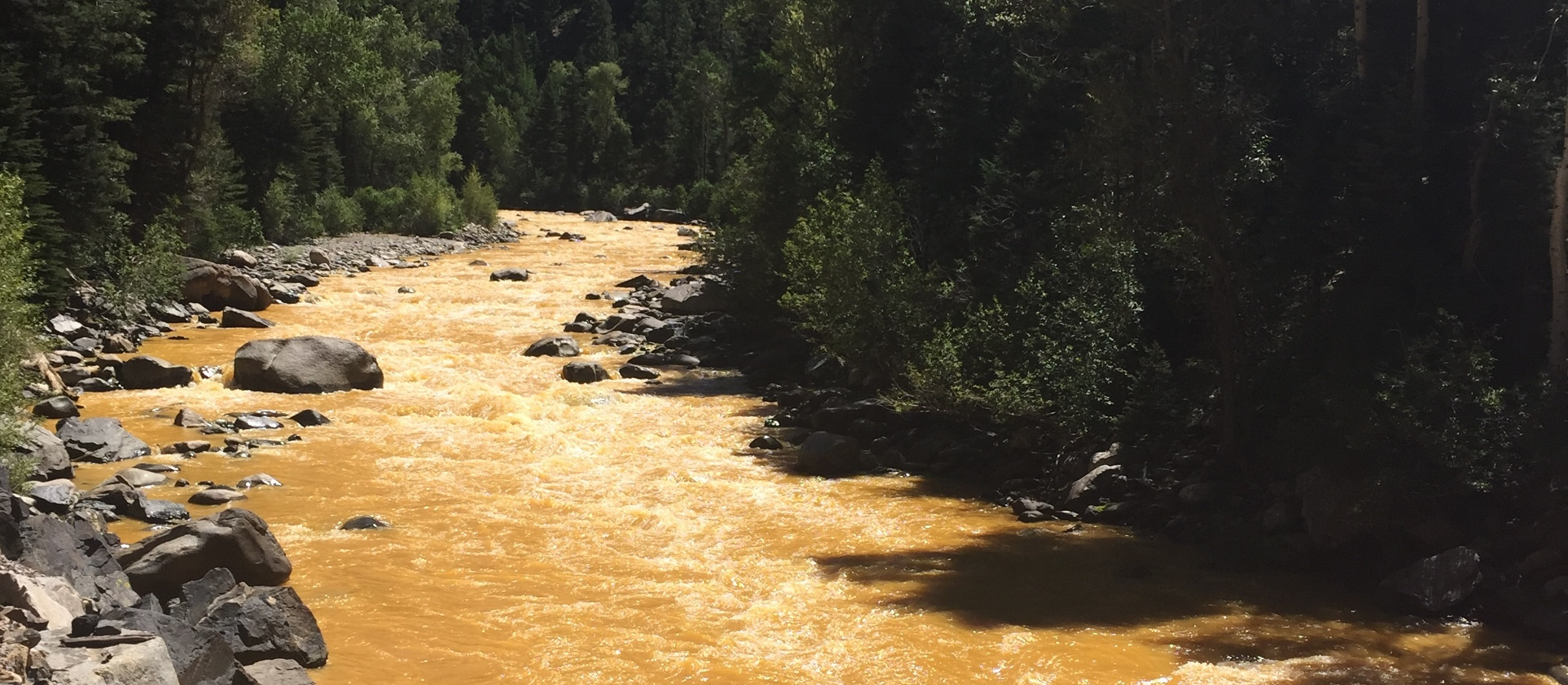 Animas_River_spill_2015-08-06_crop