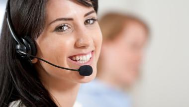 Call-center-employee-IDEAS