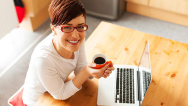 youngwoman-laptop-coffee-IDEAS